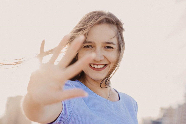 фото признаков экземы на руках девушки