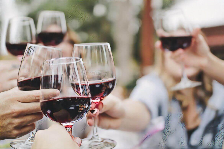 Красное вино вредит при акне
