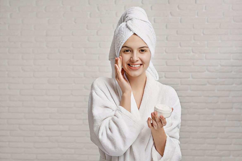 фото девушки после применения желатиновых масок от черных точек