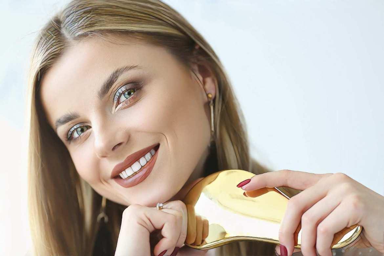 фото девушки после буккального массажа при акне