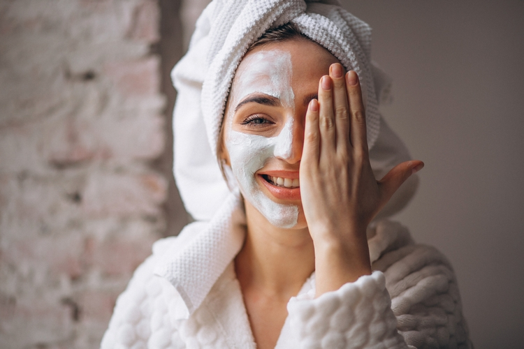 1002portrait-woman-with-facial-mask-half-face